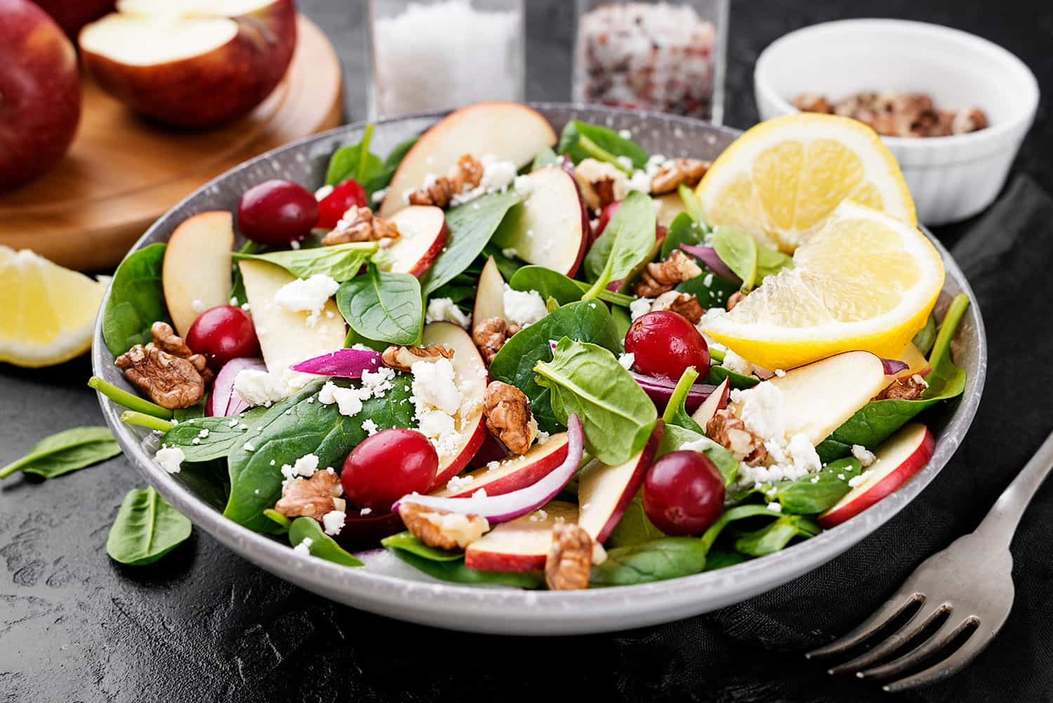 Apples and Grapes Spinach Salad